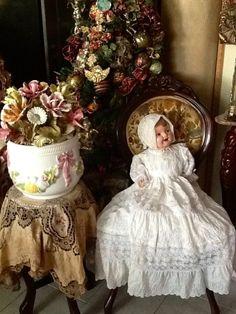 So pretty...love the doll...want