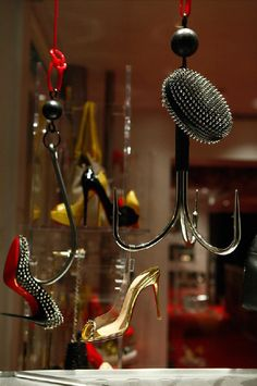 shoes, painted frames, christians, visual merchandis, window displays, display shoe, shoe art, christian louboutin, shop windows