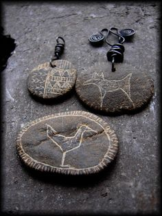 engraved stones pend