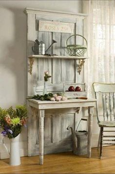 Love this shelf/table made from an old door ❤