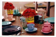 table settings, vase, conuco parti, coffee cans, fiestawar, spanish tabl, paella parti, tabl set