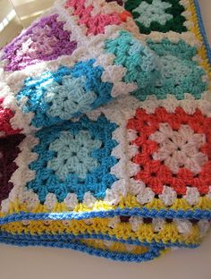 blanket, pretti color, granny squares, granni squar, bright colors
