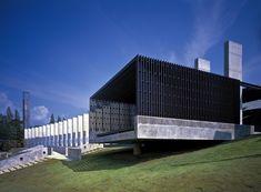 Phuket Gateway / IDIN Architects    Puerta de bienvenida / Espacio público al sur de Tailandia