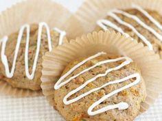 Easy Carrot Cake Cookies - moist cookies that taste just like carrot cake!