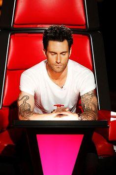 Adam Levine on The Voice. GO TEAM ADAM!