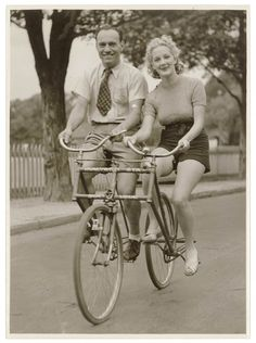 1930s: The Malvern Star sociable bicycle