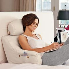 BedLounge Support for reading/working in bed