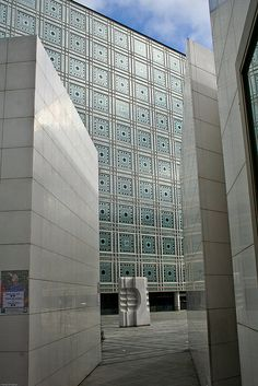 Institut du monde arabe, Paris by Jean Nouvel