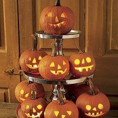 Pumpkin Decor. I like the old fashioned pumpkin faces!