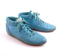 Balloons - I had a white pair that had pink and blue laces - loved them!!