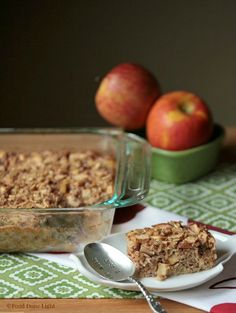 Apple Pie Baked Oatmeal with Peanut Butter Protein Granola www.fooddonelight.com #naturevalleygranola #ad