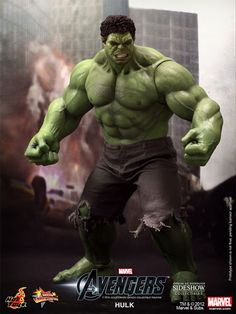 Sideshow Collectibles - Hulk Sixth Scale Figure