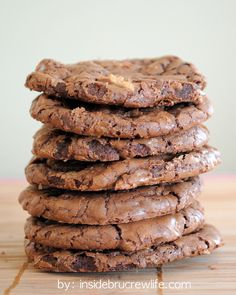 Moose Tracks Cookies - chocolate and peanut butter in one amazing cookie http://www.insidebrucrewlife.com