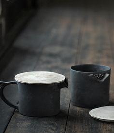 + ( Teapot by Takeshi Omura )