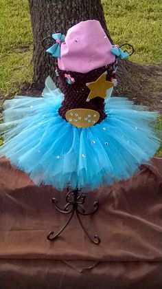 Sheriff Callie's Wild West Inspired Tutu Outfit with Matching Bows on Etsy, $35.00