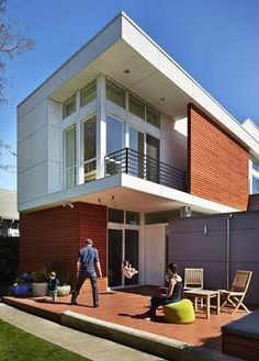 An airy, economical home for a modern Seattle family