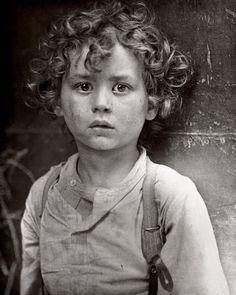 Lewis Hine  Paris Gamin  1918