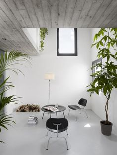 Gallery of inspirational imagery and photos from around the world: Remodelista