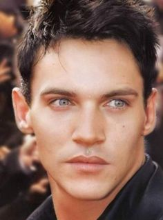 Jonathan Rhys Meyers.....what a face!