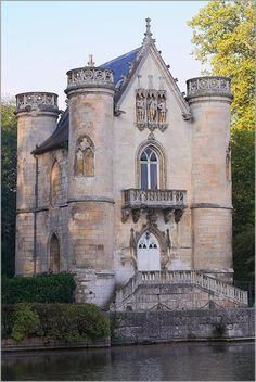 centuri castl, architectur, queens, 13th centuri, chantilli, castles, france, white queen, place