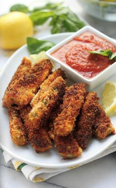 Crispy Zucchini Sticks with Spicy Marinara Dipping Sauce