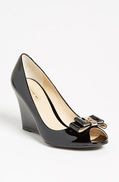 COACH bow pumps. Yes, please!