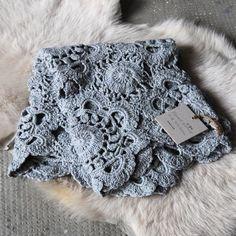 doili, crochet flowers, crochet blankets, blue, mixed patterns, ana rosa, baby blankets, flower crochet blanket, yarn