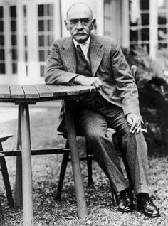 an analysis of the main character in kim a novel by rudyard kipling The jungle books kipling's list of names in the stories this list of names, their meanings, and pronunciation, was provided by rudyard kipling as an author's note for.