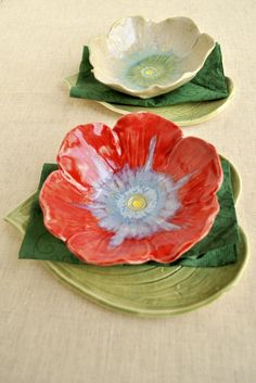 Poppy Bowls, art for the table from Lee Wolfe Pottery