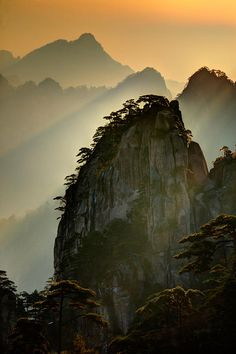 Sunset Huangshan Mountain China