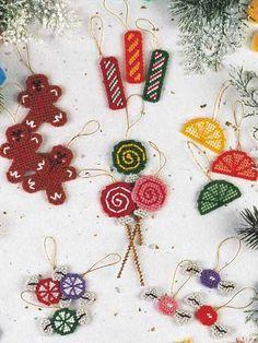 sugarplum ornaments - plastic canvas