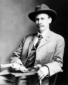 Charlie Siringo of the Pinkerton National Detective Agency, circa 1890. #Victorian #men #detectives #vintage #portraits