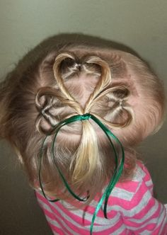 easy and simple young kids girls hairstyle. @Nichole Radman Radman Radman Steffens - you should try this in the girls