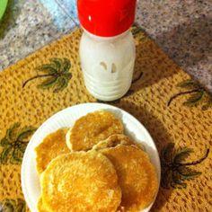 Creamer bottle for making pancakes