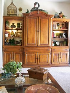 A Stroll Thru Life: Styling Bookcases