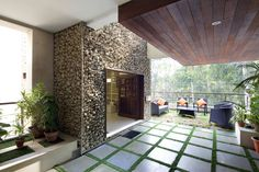 anagram architects / kindred house