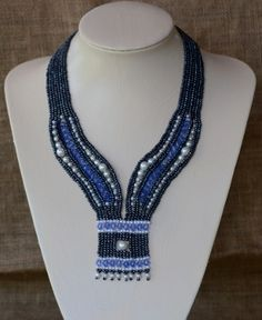 Cool Blue Beaded Necklace Pattern by Cecilia Rooke at Bead-Patterns.com