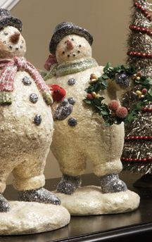 Fat Snowman with Wreath