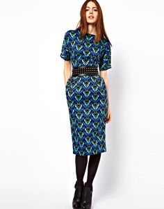 *squeals with delight* i do plan to lighten it ip though!! ASOS Wiggle Dress In Coloured Wallpaper Print