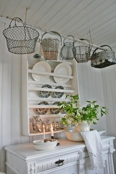 Love the hanging basket idea!
