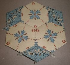 hexies with only 3 fussy cuts