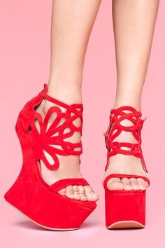 these are HECTIC heels...