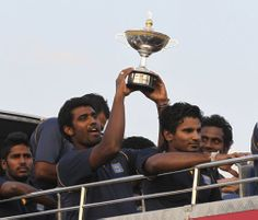 Asia Cup: Sri Lankan cricketers get a rousing reception back home