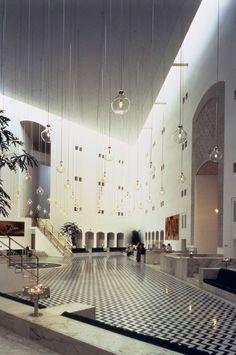 Ministry of Foreign Affairs Saudi Arabia by Henning Larsen Architects. #Light #design #lobby #interior #lightbowls #highresolution