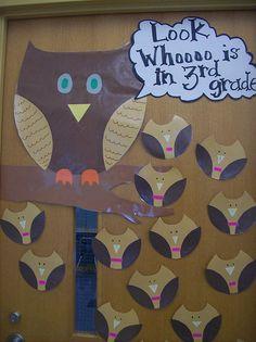 owl door display