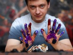 Ivan Slavinsky - Slavinski Creativity is a mixture of realism, postmodernism and surrealism.
