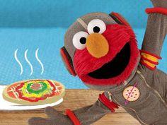 Elmo's Space Pizza - Recipes - Parents - Sesame Street