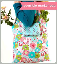 Love to shop? Don't forget your reversible market bag -- with #pockets :) #tote #DIY #project