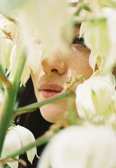 freckl, photoshoot inspir, lukasz wierzbowski, bridal beauty, girl in flowers, anthropologie, beauti, goddess, photographi