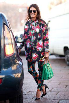 Viviana Volpicella's Street Style #pantone #emerald #green #2013